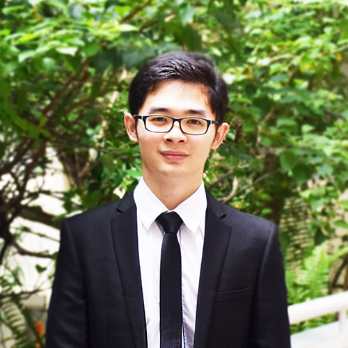 Chou Kimsinawath<br><small>Cambodian<br>Degree in Business Information Systems</small>